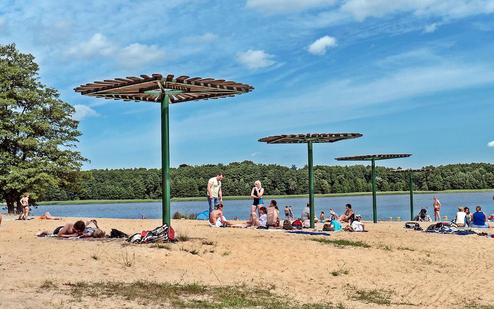 Plaża nad jeziorem Pile, Borne Sulinowo