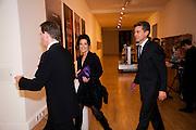 SIR NICHOLAS SEROTA; BEN BRADSHAW; NANCY DELL D'OLIO, Turner prize 2009. Tate Britain. Millbank. London. 7 December 2009