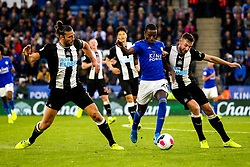 Ricardo Pereira of Leicester City takes on Andy Carroll and Paul Dummett of Newcastle United - Mandatory by-line: Robbie Stephenson/JMP - 29/09/2019 - FOOTBALL - King Power Stadium - Leicester, England - Leicester City v Newcastle United - Premier League