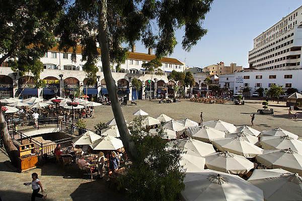 Spanje, Gibraltar, 8-6-2006Casemates Square. De rots is een historisch en strategisch punt. Geschiedenis, koude oorlog. Britse kroonkolonie. Spanje wil de rots terug.Foto: Flip Franssen