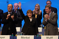 01 DEC 2003, BERLIN/GERMANY:<br /> Laurenz Meyer, CDU Generalsekretaer, Angela Merkel, CDU Bundesvorsitzende, und Christian Wulff, CDU, Ministerpraesident Niedersachsen, minutenlanger Applaus nach der Eroeffnungsrede von Merkel, 17. CDU Parteitag, Messe Leipzig<br /> IMAGE: 20031201-01-084<br /> KEYWORDS: party congress, Eröffnungsrede,  Applaus, Rede, speech