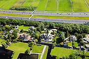 Nederland, Noord-Holland, Gemeente De Ronde Venen , 14-06-2012; Vinkeveen, villa's en landhuizen aan de Groenlandsekade. De nieuwe A2 in de achtertuin..New construction villas and mansions built between the recreation area Vinkenveense Plassen and Highway A2..luchtfoto (toeslag), aerial photo (additional fee required).foto/photo Siebe Swart