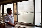 Ammiraglio Arturo Faraone nel suo ufficio della Capitaneria di Porto di Livorno<br />  Livorno 25 settembre 2014 . Daniele Stefanini /  OneShot