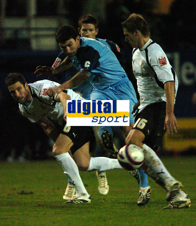 Photo: Tony Oudot/Sportsbeat Images.<br /> Luton Town v Southend United. Coca Cola League 1. 24/11/2007.<br /> Kevin Maher of Southend shoots past Chris Coyne and David Edwards of Luton