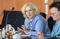 30 AUG 2020, BERLIN/GERMANY:<br /> Dr. Daniela De Ridder, MdB, SPD, Paul-Loebe-Haus, Deutscher Bundestag<br /> IMAGE: 20200830-01-044