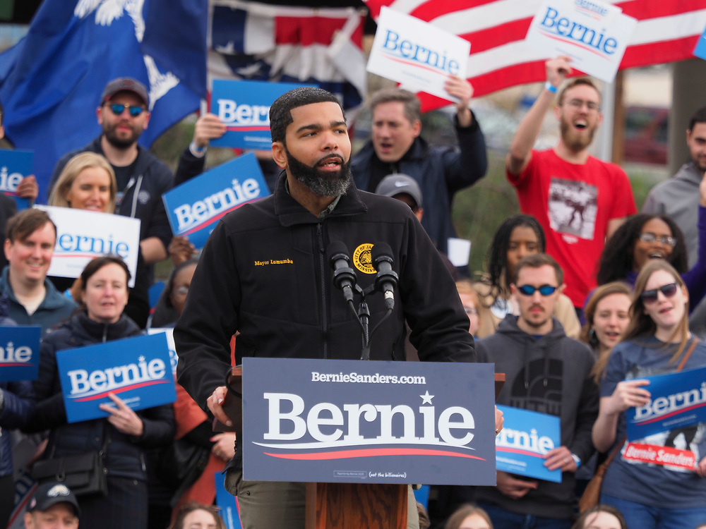 Jackson, MS Mayor Chokwe Lumumba addresses supporters of Presidential candidate Bernie Sanders at the final South Carolina rally before the February 29 primary vote.