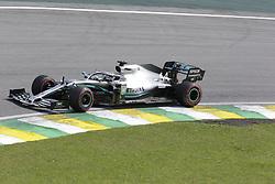 November 17, 2019, Sao Paulo, Brazil: LEWIS HAMILTON, of Mercedes AMG Petronas drives during the Formula One Grand Prix of Brazil 2019 at Interlagos circuit, in Sao Paulo, Brazil. (Credit Image: © Paulo Lopes/ZUMA Wire)