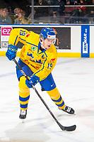 KELOWNA, BC - DECEMBER 18:  Filip Hållander #19 of Team Sweden skates for the puck against Team Sweden at Prospera Place on December 18, 2018 in Kelowna, Canada. (Photo by Marissa Baecker/Getty Images)***Local Caption***