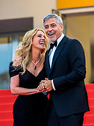 Cannes , France<br /> 12/05/2016<br /> US actor George Clooney (R) and Julia Roberts attend the screening of Money Monster at the Palais des Festival during The 69th Annual Cannes Film Festival