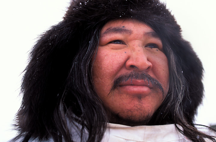 Iditarod local observer and subsistence hunter in the Iñupiaq village of Unalakleet.