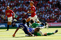 Photo: Richard Lane/Sportsbeat Images.<br />Manchester United v Chelsea. FA Community Shield. 05/08/2007. <br />Chelsea's Florent Malouda collides with United's Edwin Van Der Sar while scoring a goal.