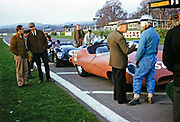 John Coundley (32) and Bill de Selincourt (33), Lister car, Sports car racing Goodwood, March 1961