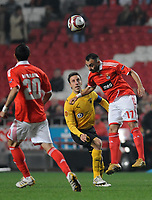 20091217: LISBON, PORTUGAL - SL Benfica vs AEK Athens: Europa League 2009/2010 - Group Stage. In picture: Carlos Martins (Benfica) and Pantelis Kafes (AEK Athens FC). PHOTO: Alvaro Isidoro/CITYFILES