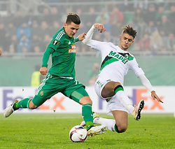 20.10.2016, Weststadion, Wien, AUT, UEFA EL, SK Rapid Wien vs US Sassuolo Calcio, Gruppe F, im Bild Thomas Murg (SK Rapid Wien), Luca Antei (US Sassuolo Calcio) // during a UEFA Europa League, group F game between SK Rapid Wien and US Sassuolo Calcio at the Weststadion, Vienna, Austria on 2016/10/20. EXPA Pictures © 2016, PhotoCredit: EXPA/ Sebastian Pucher