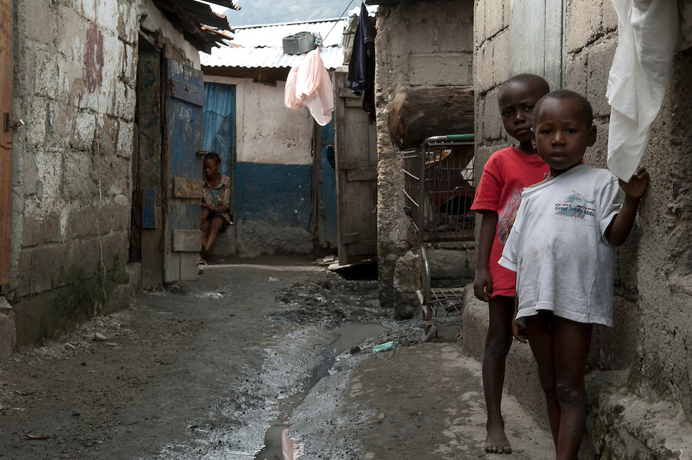 Children in the streets of the destitute community of Shada. Cap Haitian, Haiti, January 28, 2008.