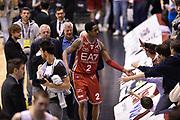 DESCRIZIONE : Milano Lega A 2014-15 <br /> EA7 Olimpia Milano - Acea Virtus Roma <br /> GIOCATORE : MarShon Brooks <br /> CATEGORIA : esultanza post game mani <br /> SQUADRA : EA7 Olimpia Milano<br /> EVENTO : Campionato Lega A 2014-2015 <br /> GARA : EA7 Olimpia Milano - Acea Virtus Roma<br /> DATA : 12/04/2015<br /> SPORT : Pallacanestro <br /> AUTORE : Agenzia Ciamillo-Castoria/GiulioCiamillo<br /> Galleria : Lega Basket A 2014-2015  <br /> Fotonotizia : Milano Lega A 2014-15 EA7 Olimpia Milano - Acea Virtus Roma