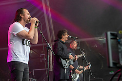 Chris Deerin with Fat Cops on the main stage. Party at the Palace 2019.