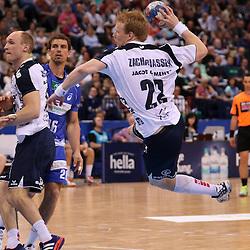 Hamburg, 24.05.2015, Sport, Handball, DKB Handball Bundesliga, HSV Handball - SG Flensburg-Handewitt : Anders Zachariassen (SG Flensburg-Handewitt, #22), Matthias Flohr (HSV Handball, #07)<br /> <br /> Foto © P-I-X.org *** Foto ist honorarpflichtig! *** Auf Anfrage in hoeherer Qualitaet/Aufloesung. Belegexemplar erbeten. Veroeffentlichung ausschliesslich fuer journalistisch-publizistische Zwecke. For editorial use only.