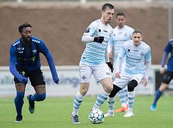 Nicolas Mortensen (FC Helsingør) følges af Abdel Diarra (HB Køge) under træningskampen mellem FC Helsingør og HB Køge den 22. februar 2020 på Helsingør Ny Stadion (Foto: Claus Birch).