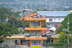 PALU, Sept. 29, 2018  Photo provided by the Indonesian Air Force shows a damaged air navigation tower in Palu, Central Sulawesi province, Indonesia, Sept. 29, 2018. Death toll from Indonesia's multiple-strong quakes and a tsunami in Central Sulawesi province jumped to 384 with 540 people sustaining from serious injuries, a disaster management agency official said on Saturday.  zhf) (Credit Image: © Indonesian Air Force/Xinhua via ZUMA Wire)