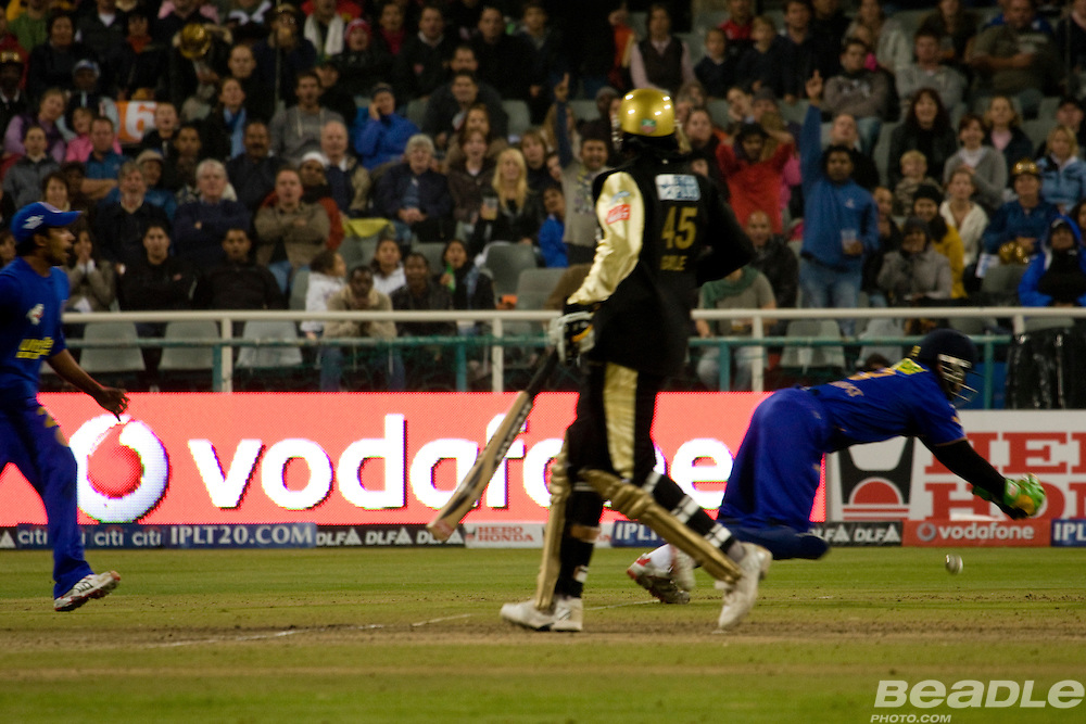 The IPL cricket championship 2009 took place in South Africa. Cape Town Tourism brief was to capture the emotion and energy of the matches taking place in Cape Town. All images by Greg Beadle