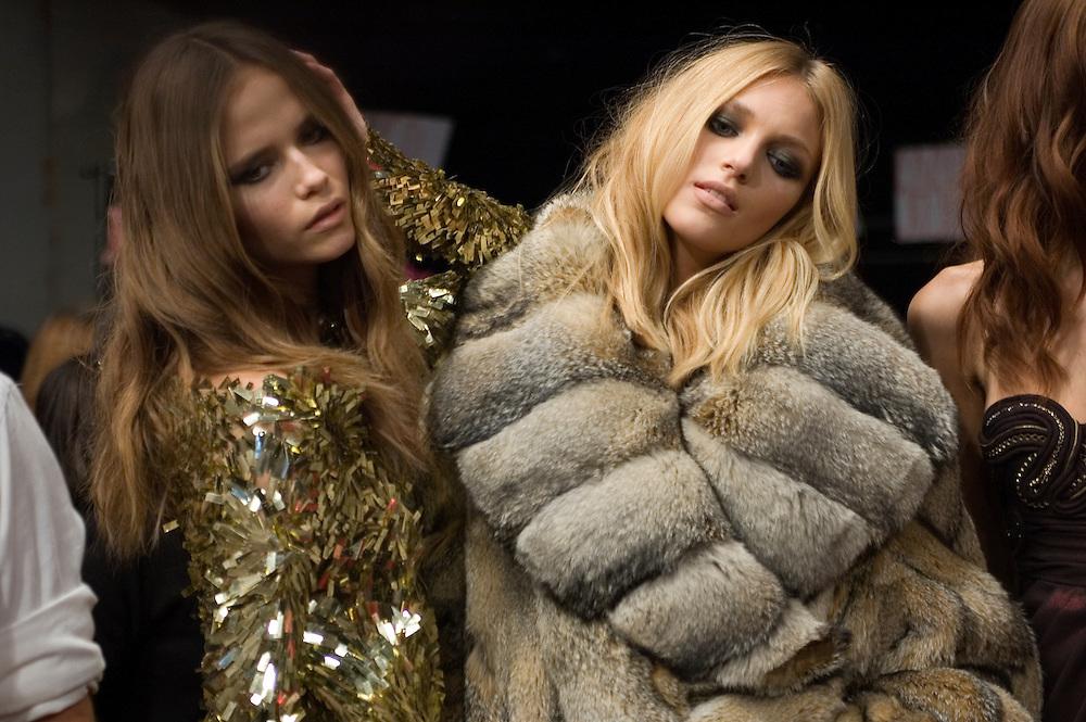 models backstage before Ungaro fashion show