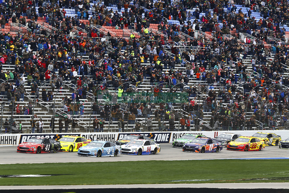April 8, 2018 - Ft. Worth, Texas, United States of America - April 08, 2018 - Ft. Worth, Texas, USA: Kurt Busch (41) leads the field to the green flag to start the O'Reilly Auto Parts 500 at Texas Motor Speedway in Ft. Worth, Texas. (Credit Image: © Chris Owens Asp Inc/ASP via ZUMA Wire)