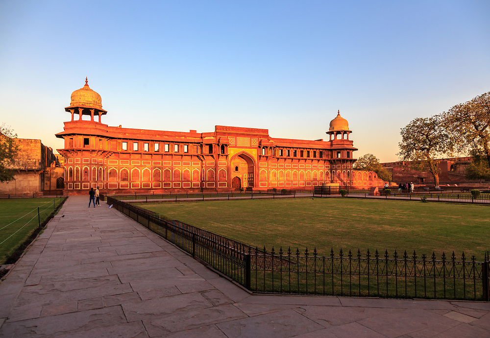Jehangiri Mahal in Agra Fort , India. Jahangiri Mahal may be the most noteworthy building inside the Agra Fort of India. The Mahal was the principal zenana (palace for women belonging to the royal household), and was used mainly by the Rajput wives of Akbar.