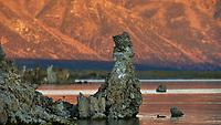 Mono Lake, South Tufa Area. Image taken with a Nikon D3 camera and 200 mm f/2 lens (ISO 200, 200mm, f/4, 1/640 sec).