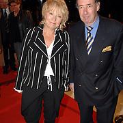 NLD/Hilversum/20061201 - Opening Nederlands Instituut voor Beeld en Geluid, Ria Bremer en partner Bob