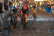 2019-12-27 Cycling: dvv verzekeringen trofee: Loenhout: Close fighting in the mud