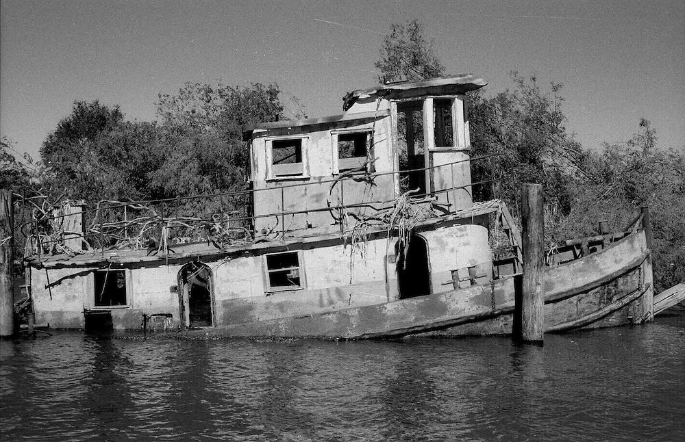 Sunken Tug, Mississippi River