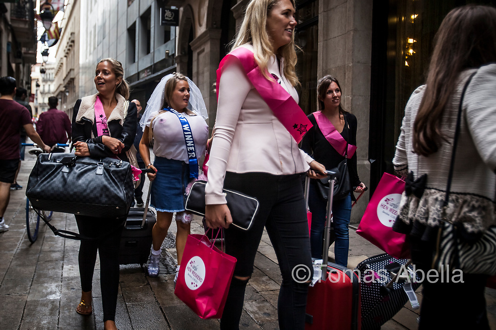 British hen party. Entrance of a hotel in the Ciutat Vella district.