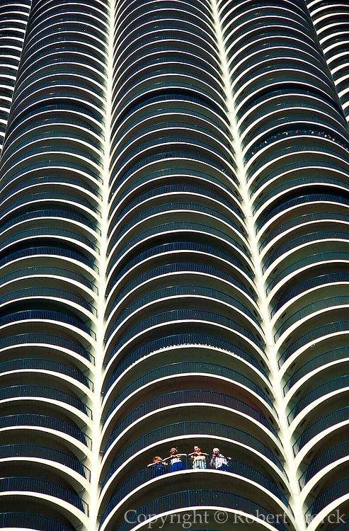 CHICAGO, LOOP ARCHITECTURE Marina Towers Apartments North 'Loop' area