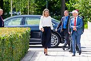 Koningin Maximatijdens het bezoek aan Veteraneninstituut in Doorn. Het bezoek staat in het teken van de erkenning en waardering van en de zorg voor Nederlandse<br /> veteranen. Koningin Maxima wordt tijdens haar bezoek geïnformeerd over de veteranenwereld en<br /> de wijze waarop het Veteraneninstituut zich voor de veteranen inzet.<br /> <br /> Queen Max during the visit to the Veteran Institute in Doorn. The visit focuses on the recognition, appreciation and concern for Dutch people<br /> veterans. Queen Maxima will be informed about the veteran world during her visit<br /> the way in which the Veterans Institute works for veterans.
