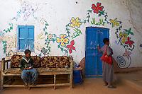 Egypte, Haute Egypte, croisiere sur le Nil entre Louxor et Assouan, village nubien de Koubaniya // Egypt, cruise on the Nile river between Luxor and Aswan, nubian village of Koubaniya