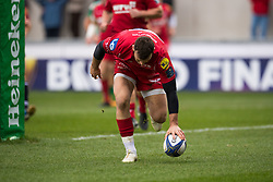 Scarlets' Gareth Davies scores his sides second try - Mandatory by-line: Craig Thomas/JMP - 09/12/2017 - RUGBY - Parc y Scarlets - Llanelli, Wales - Scarlets v Benetton Rugby - European Rugby Champions Cup