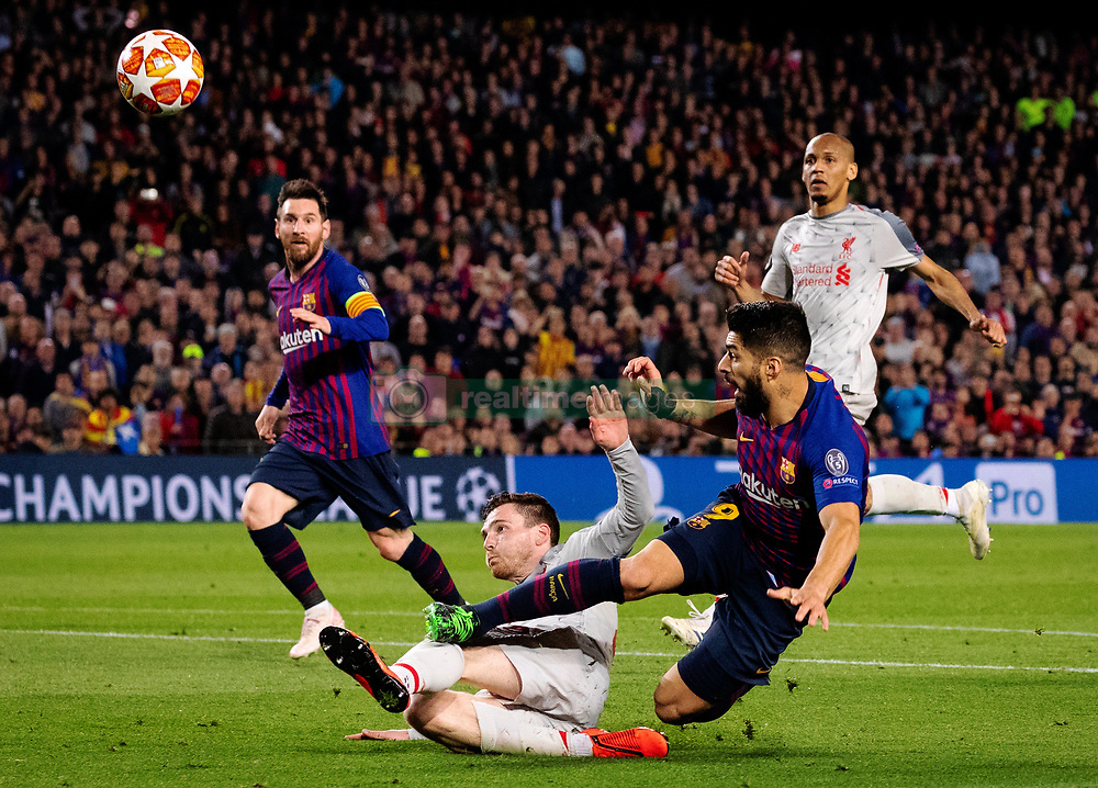 BARCELONA, May 2, 2019  FC Barcelona's Luis Suarez (R front) vies with Liverpool's Andrew Robertson during the UEFA Champions League semifinal first leg soccer match between FC Barcelona and Liverpool in Barcelona, Spain, on May 1, 2019. Barcelona won 3-0. (Credit Image: © Joan Gosa/Xinhua via ZUMA Wire)