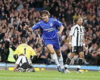 Photo: Lee Earle.<br /> Chelsea v Newcastle United. The Barclays Premiership.<br /> 19/11/2005. Chelsea's Hernan Crespo wheels away to celebrate scoring their second.