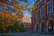 Collegium Novum i Collegium Witkowskiego Uniwersytetu Jagiellońskiego, krakowskie Planty, Polska<br /> Collegium Novum and Collegium of Witkowski of Jagiellonian University, Cracow Planty, Poland