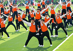 April 19, 2018 - Qinhuangdao, Qinhuangdao, China - Qinhuangdao, CHINA-19th April 2018: Students do exercise on playground in Qinhuangdao, north China's Hebei Province. (Credit Image: © SIPA Asia via ZUMA Wire)