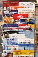10 JAN 2005, BERLIN/GERMANY:<br /> Die gibt es normalerweise nicht am Kiosk: Kundenzeitschriften drapiert an einem Zeitungsstaender, Zeitungskiosk am Wittenbergplatz<br /> IMAGE: 20050110-01-020.jpg<br /> KEYWORDS: Oeffentlichkeitsarbeit, PR, Öffentlichkeitsarbeit, Werbung, Firmenzeitschriften, PR,