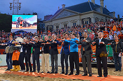 20150705 NED: WK Beachvolleybal day 10, Den Haag<br /> FIVB President Dr. Ary S. Graca, Wethouder Rabin Baldewsingh van Den Haag, Camiel Eurlings, Hans Niekerke, Bas van de Goor