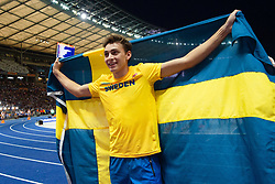 August 12, 2018 - Berlin, GERMANY - 180812 Armand Duplantis of Sweden celebrates winning the men´s pole vault final during the European Athletics Championships on August 12, 2018 in Berlin..Photo: Vegard Wivestad Grøtt / BILDBYRÃ…N / kod VG / 170206 (Credit Image: © Vegard Wivestad GrØTt/Bildbyran via ZUMA Press)