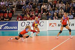 20151011 NED: Supercup VC Sneek - Sliedrecht Sport,  Doetinchem<br /> VC Sneek verslaat Sliedrecht Sport met 3-2 en pakt de eerste prijs van het seizoen / Roos van Wijnen