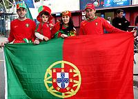 GEPA-0706081213 - GENF,SCHWEIZ,07.JUN.08 - FUSSBALL - UEFA Europameisterschaft, EURO 2008, Portugal vs Tuerkei, POR vs TUR. Bild zeigt Portugal Fans. Keyword: Fahne.<br />Foto: GEPA pictures/ Walter Luger