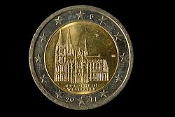 09.09.2013, Stuttgart, GER, Euro Muenze, Sonderpraegung 2013, im Bild 2-EURO Muenze, Koelner DOM, Nordrhein-Westfalen, Muenpraegestaette D Muenchen, Muenzgeld // Euro coin, special edition 2013, Stuttgart, Germany on 2013/09/09. EXPA Pictures © 2013, PhotoCredit: EXPA/ Eibner/ Michael Weber<br /> <br /> ***** ATTENTION - OUT OF GER *****