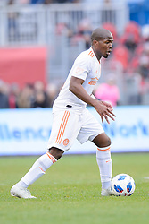 October 28, 2018 - Toronto, ON, U.S. - TORONTO, ON - OCTOBER 28: Darlington Nagbe (6) of Atlanta United FC runs with the ball during the first half of the MLS Decision Day match between Toronto FC and Atlanta United FC on October 28, 2018, at BMO Field in Toronto, ON, Canada. (Photograph by Julian Avram/Icon Sportswire) (Credit Image: © Julian Avram/Icon SMI via ZUMA Press)