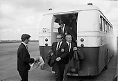 1968 - Manchester United arrive at Dublin Airport