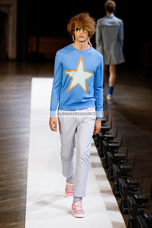A model walks the runway wearing Orley Spring 2015 during Mecedes-Benz Fashion Week in New York on September 3rd, 2014